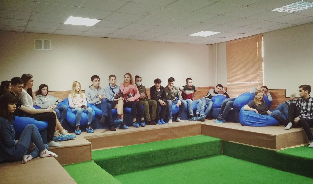 Участники Студенческого Совета обсудили глобальные проблемы человечества в процессе дискуссионной игры «Бункер»