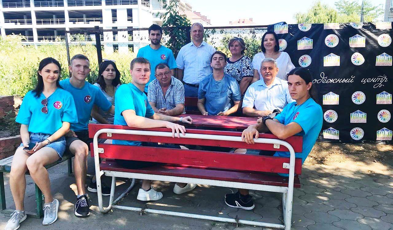 Утро начинается с Молодежного центра Краснодара: наш спортивно-развлекательный проект набирает обороты
