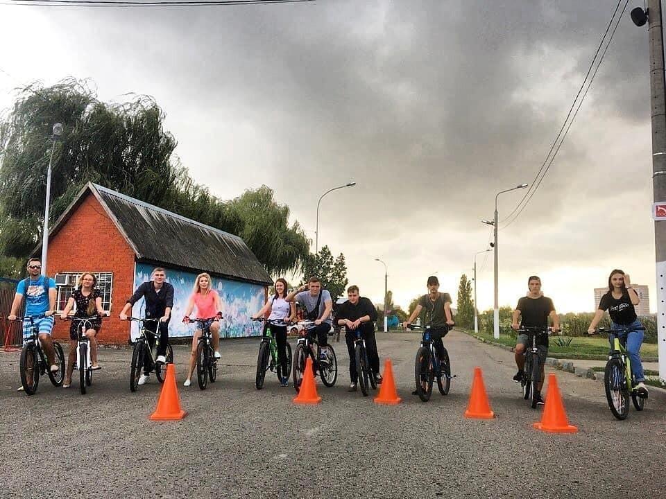 Акция «Волна здоровья»: Молодежный центр Краснодара провел велопробег в рамках Всероссийского дня трезвости